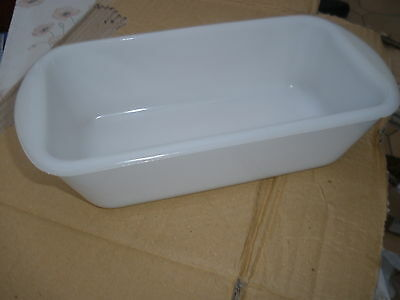 Philips  Ecko Hostess Trolley Dishes  Glasbake Opaque / White Used