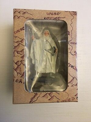 """Gandalf Figure 2.5"""" Eaglemoss Hand Painted  Lord of the Rings Boxed"""