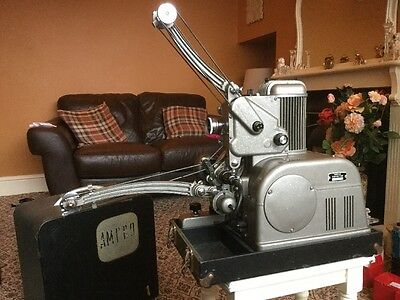 1950's Simplex Ampro 16mm Cine Film Projector, Vintage and Retro antique Display