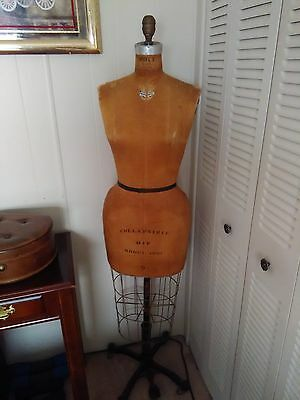 VINTAGE WOLF DRESS FORM MANNEQUIN w/CAGE