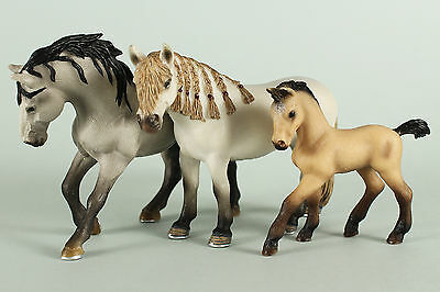 Schleich Retired Andalusian Group: Stallion 13607, Mare 13668 & Foal 13669  VGC