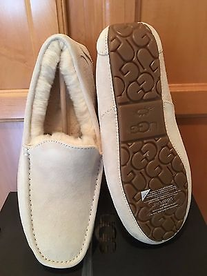 New Nib Ugg Men's Ascot Moccasin  Suede Leather Slippers White Size 10