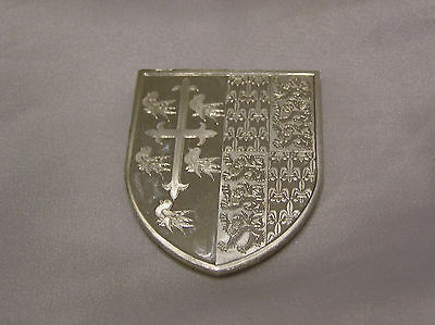 SOLID SILVER MEDALLION or INGOT of THE ROYAL ARMS RICHARD II APERSONAL COAT