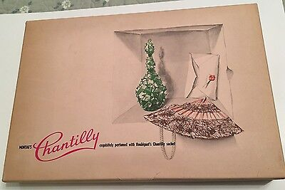 Vintage Montag's Stationery & Envelopes Perfumed With Houbigant Chantilly Sachet