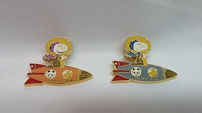 """Snoopy Peanuts cloisonne set of 2 PIN #10, """"Beijing to the moon 2008"""", NEW"""