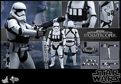 Hot Toys Star Wars First Order Stormtrooper Heavy Gunner 1/6 scale figure