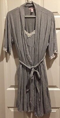 a pea in the pod maternity Night Gown And Robe Set/size Small