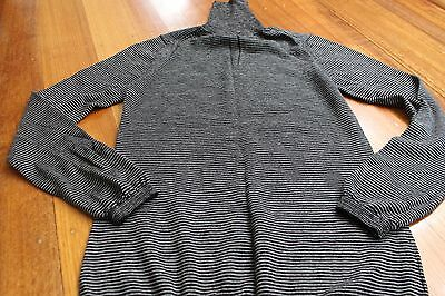 Country Road Merino Turtle Neck sweater Black and white - Size S