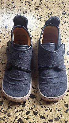 Livie and Luca Boys Shoes Size 12