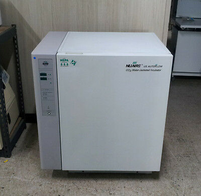 NUAIRE NU-4750G Water-Jacketed CO2 Incubator