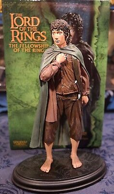 Frodo Baggins LOTR Lord of the Rings Sideshow Weta Polystone Figure Statue