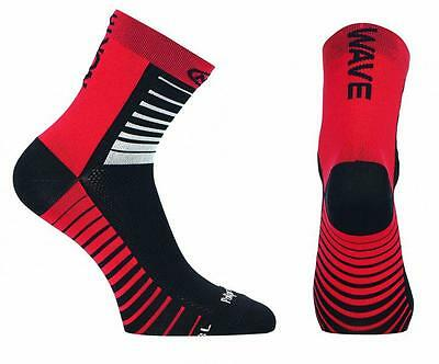 NORTHWAVE Calcetines ciclismo hombre SONIC negro/rojo