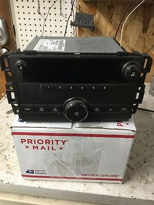 Chevrolet GM AM FM Radio Tested Working Part Number 25942014