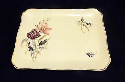 Myott Sandwich Plate White With Rose Design. Size 22 x 16 cm.