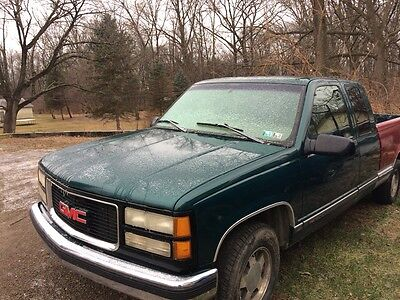 1997 GMC Sierra 1500 Power everything and duel airbags 2500.00 as is power everything 2 air bag drives and passages side