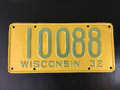 Wisconsin 1932 License Plate  # 10088