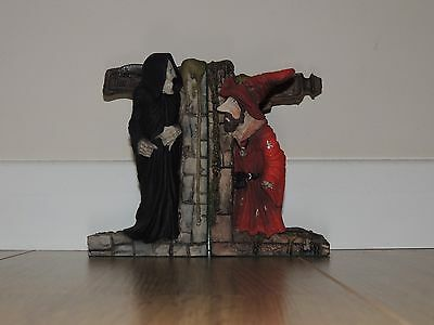 Clarecraft Discworld Figures - Rincewind and Death Bookends
