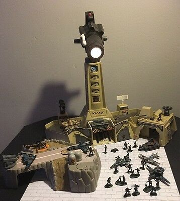 Micro Machines Military Night Attack + Skycat Base + Tanks & Soldiers