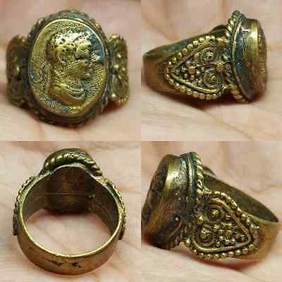 Wonderful Bronze Old Medieval Ring with Face #M1