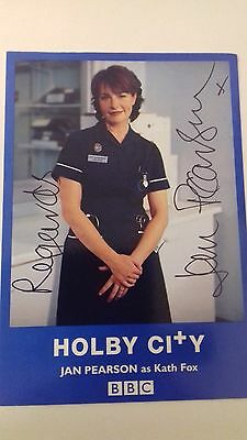 signed photo of Jan Pearson