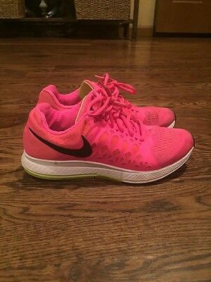 Womens hot pink nike shoes size 8.5