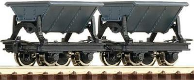 OO9 / HOe  Roco 34600 Side Tipping Hopper Wagons (2)
