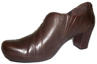 Clarks Shoes Artisan Active AIR Brown Leather Pump Women's Size 7.5 M