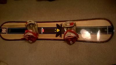 snow board with bindings   size 155 nidecker megalight