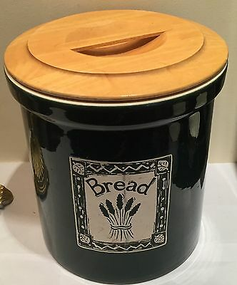 Vintage/ Retro Ceramic Green Bread Bin Large Country Kitchen Kitsch