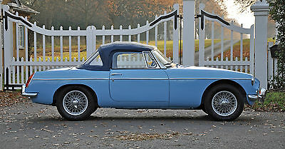 1963 MGB Roadster Iris blue, wire wheels, stunning restored car