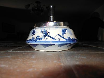 Vintage SPINNING ASHTRAY Blue Windmill DELFT HOLLAND Wood handle