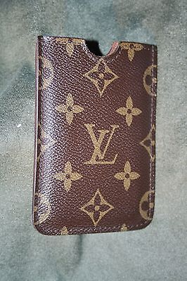 Louis Vuitton Monogram Card Holder – Rare – Very Good Condition