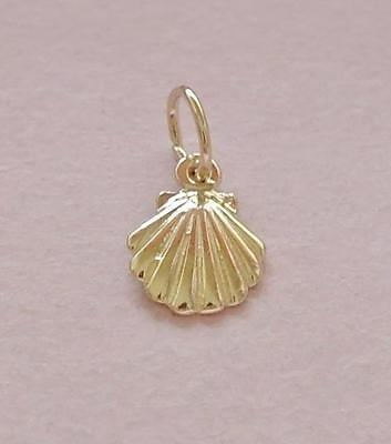 Sea Shell Charm Pendant GENUINE SOLID 9ct Yellow GOLD