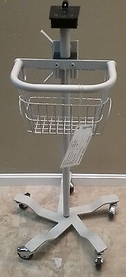 Welch Allyn Vital Signs Monitor Rolling Stand/Cart 300 5300 53 NT0 BP