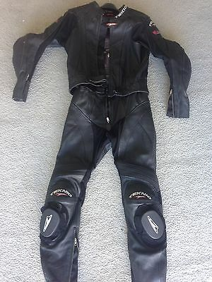 TEKNIC leather 2 pc TRACK / ROAD/ RACE SUIT size 40/50 =1/2 PRICE?