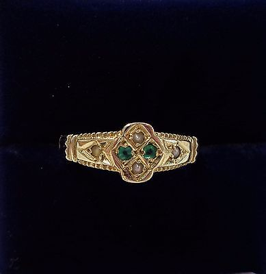 Victorian Style Emerald and Seed Pearl Ring in 9ct Yellow Gold - Size N 1/2
