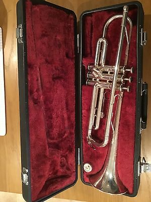 Yamaha Ytr 1335s Trumpet And Case ( Made In Japan )