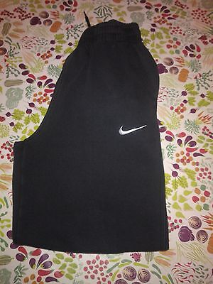black Nike joggers size 10-12 years