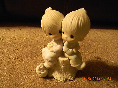 Precious Moments Figurine ~ E-1376 ~ Love One Another