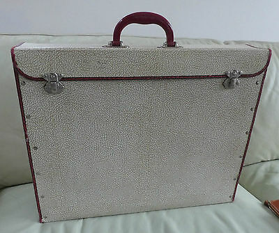 VINTAGE RETRO 1950s CASE, ORIGINALLY USED FOR PHOTOGRAPHS