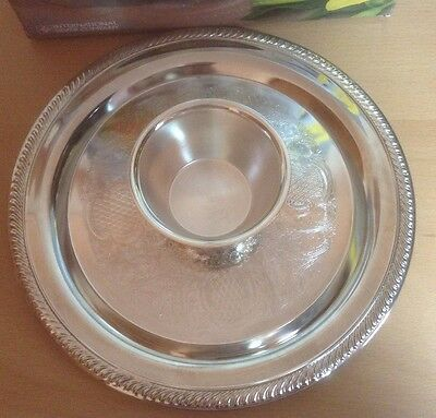 International Silver Co. Silverplated Chip N' Dip Dish W/Removable Bowl