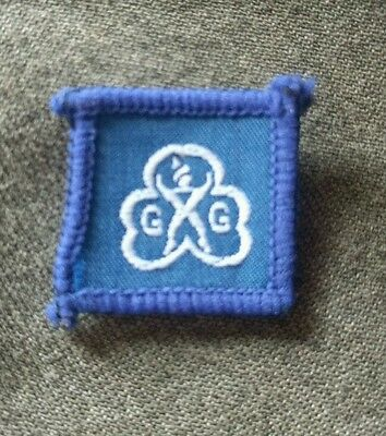 Vintage Girl Guides, Brownie Guide Blue Birthday/Service  badge.