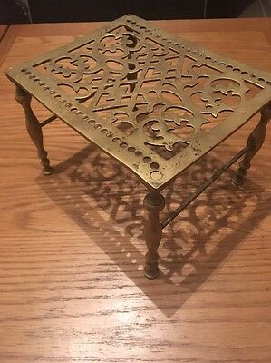 A Old Brass Trivet Kettle Or Pot Stand
