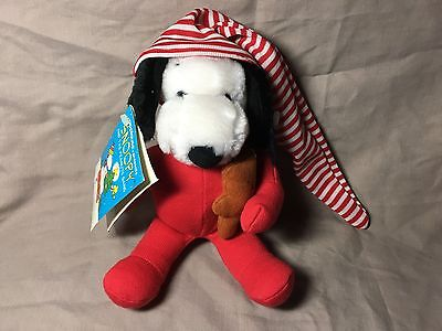 Peanuts Christmas Snoopy Pajamas Plush Toy Applause New with Tags 9 Inches