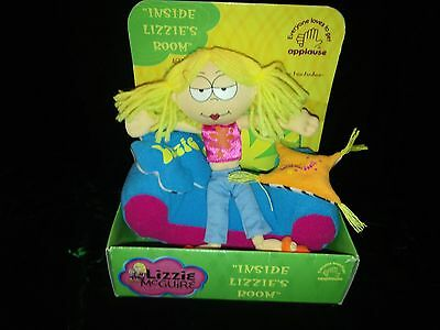 """Lizzy McGuire Doll on Sofa Applause """" Inside Lizzie's Room 2 pillows,sofa & doll"""