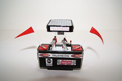 Ho Scale Slot Car Scenery / ABC SPORTS TV CAMERA PLATFORM has ROOF for  AFX,TYCO