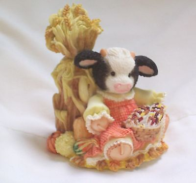 """Mary's Moo Moos 1995 """"the Cows In The Corn """" Figurine # 142840"""