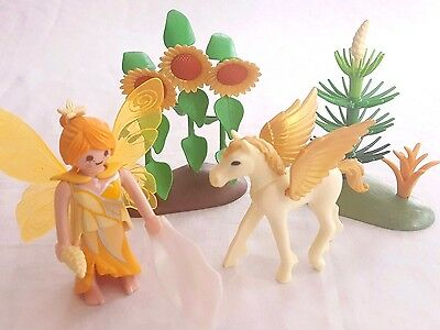 Playmobil Autumn Fairy with Pegasus, Gold Sunflowers