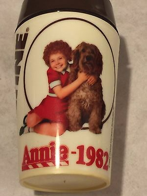 1982 Little Orphan Annie Ovaltine Shaker Cup Columbia Pictures Plastic