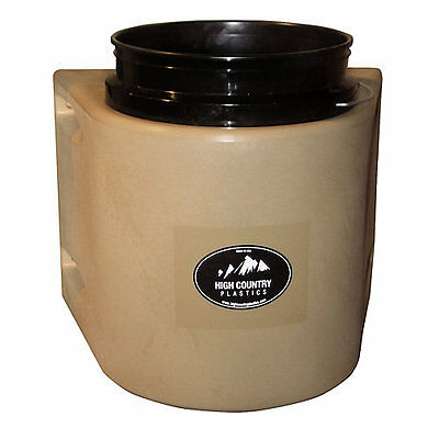 High Country Plastics High Country Insulated Bucket Black